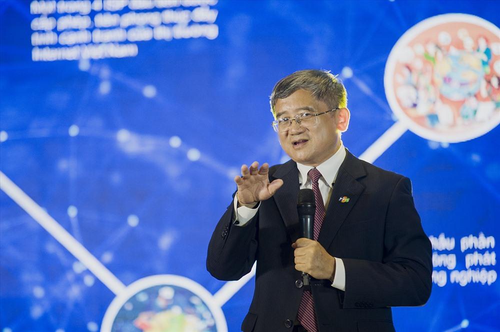 Anh Bùi Quang Ngọc - Người thầy 32 năm