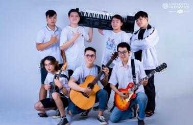 """Gm –  """"Em út"""" mê âm nhạc của ĐH Greenwich (Việt Nam) tại Đà Nẵng"""